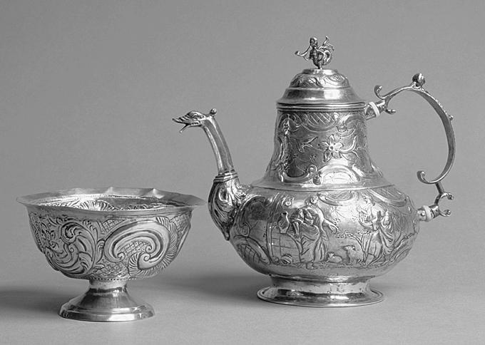 zilveren theepot Klaas Djurrema