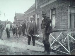 Aanleg betonweg te Kollumerpomp 1935
