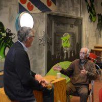 Redacteur Piet de Haan van Historische Vereniging Noordoost-Friesland te gast bij De Buurtkamer