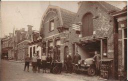 Voormalige Bier en wijnhandel en later Garage stenendam te Dokkum