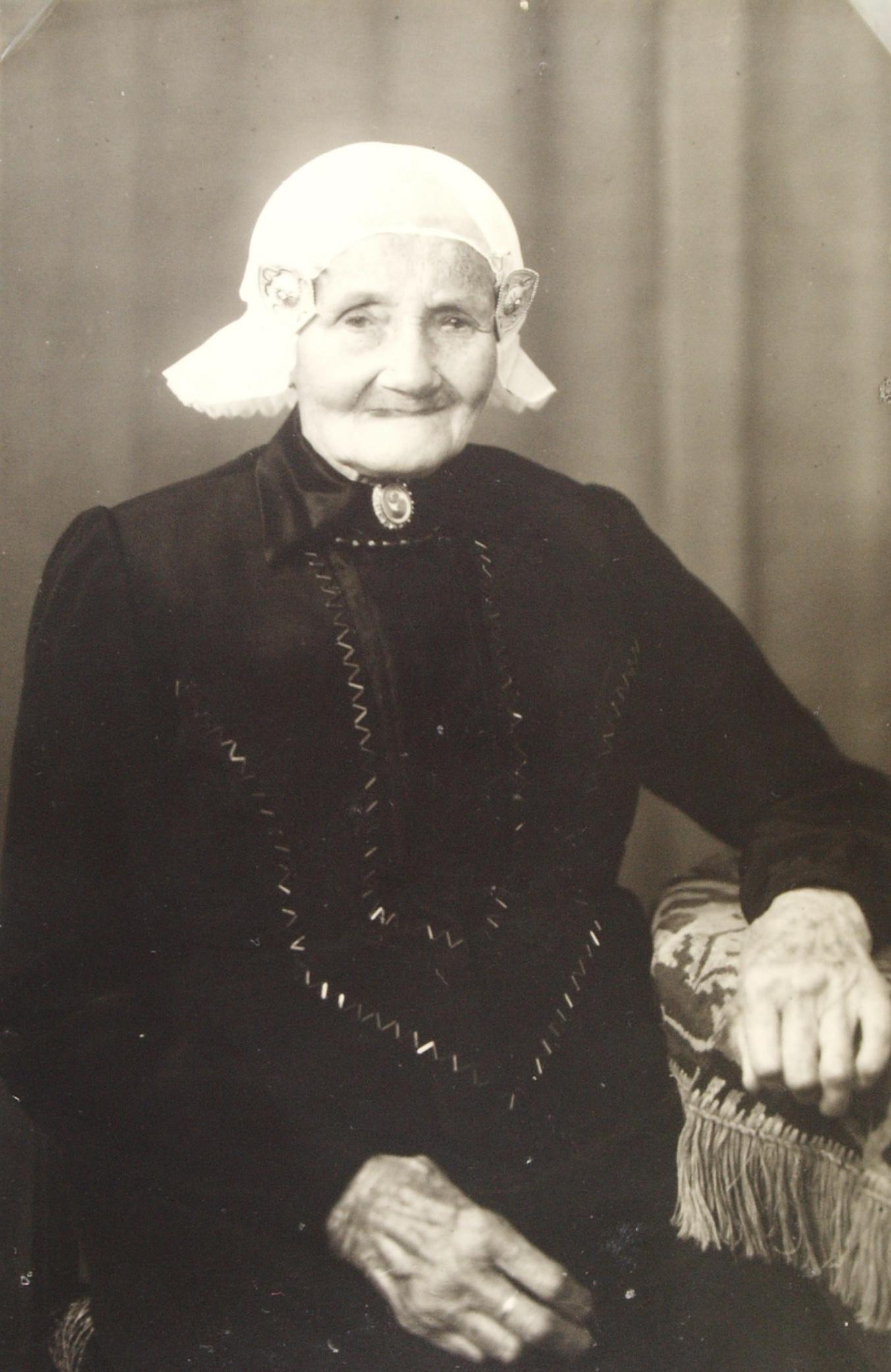 Elisabeth Moning