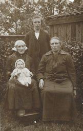 Vier generatie's 1927 Kollum