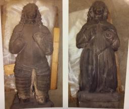 Knielende beelden Van Aylva terug naar NH kerk Holwerd