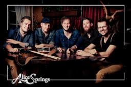 Alice Springs on Whiskey Tour in Dokkum